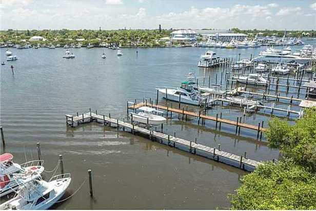 4642 Se Boatyard Ave