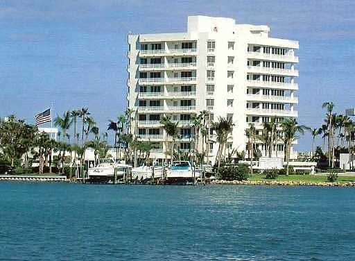 19950 Beach #4n Real Estate Property Photo #1