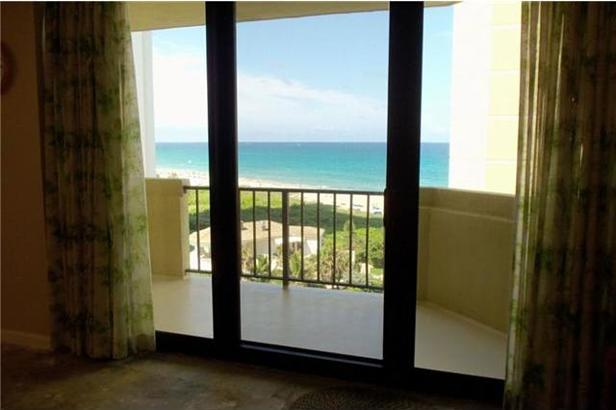 2800 N Ocean Dr #B-8-d Real Estate Property Photo #2