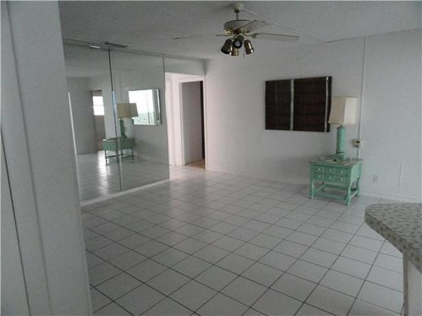 1160 Bimini Lane Real Estate Property Photo #7