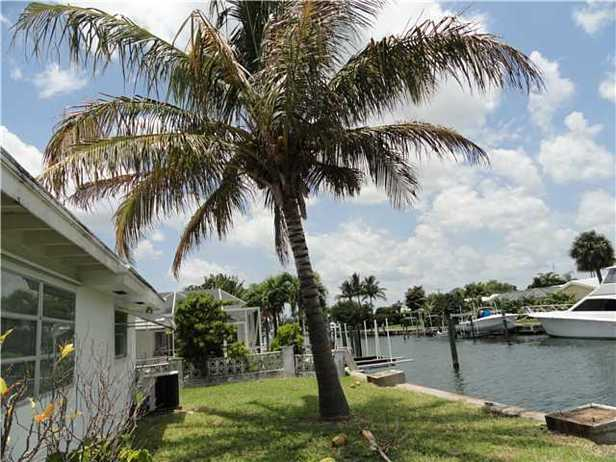1160 Bimini Lane Real Estate Property Photo #23