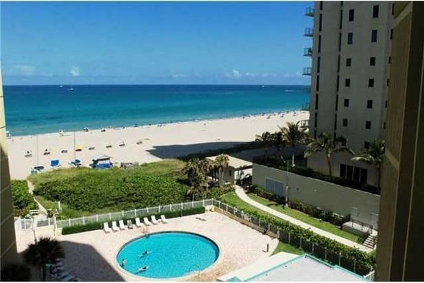 2800 N Ocean Drive #b-8-d Real Estate Property Photo #3