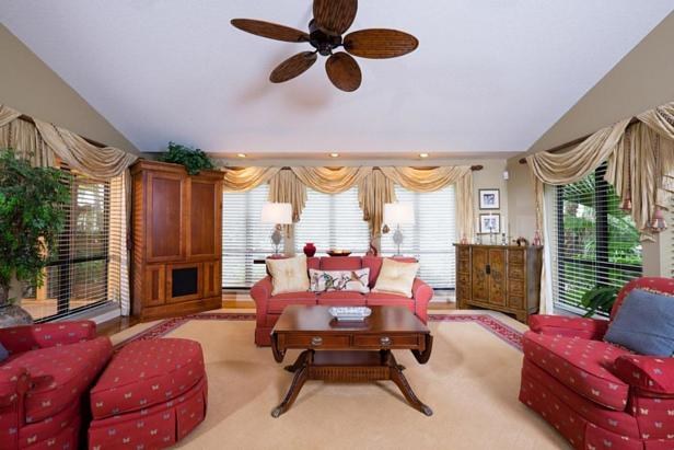 Real Estate Property Photo #7