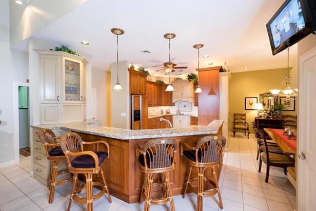 Real Estate Property Photo #18