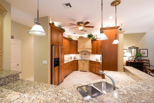 Real Estate Property Photo #19