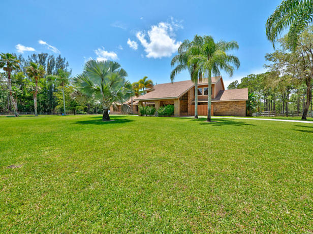 13677 Caloosa Boulevard  Real Estate Property Photo #2