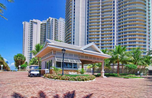 2700 N Ocean Drive #1502b Real Estate Property Photo #15
