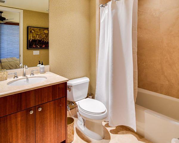 2700 N Ocean Drive #1402a Real Estate Property Photo #16