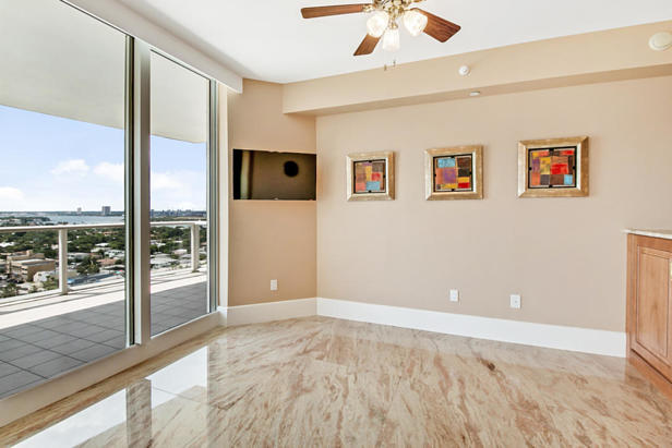 2700 N Ocean Drive #1405b Real Estate Property Photo #8