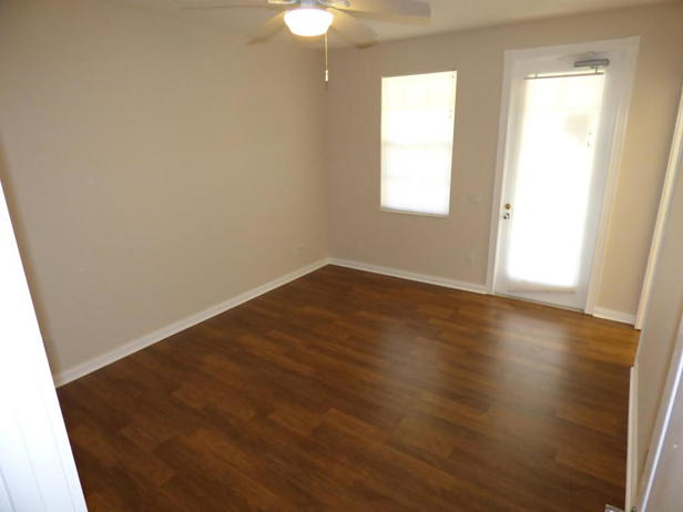 137 Rivinia Drive  Real Estate Property Photo #8