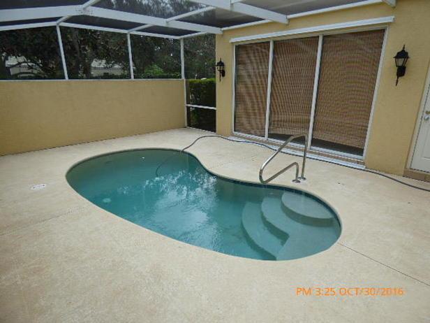 137 Rivinia Drive  Real Estate Property Photo #21
