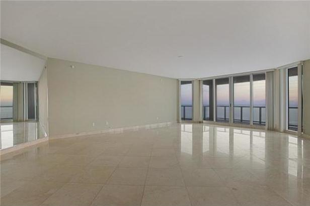2700 N Ocean Drive #301a Real Estate Property Photo #2
