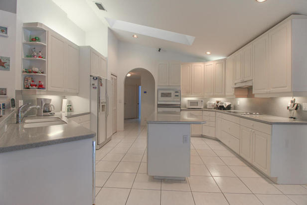 15909 75th Avenue N Real Estate Property Photo #7