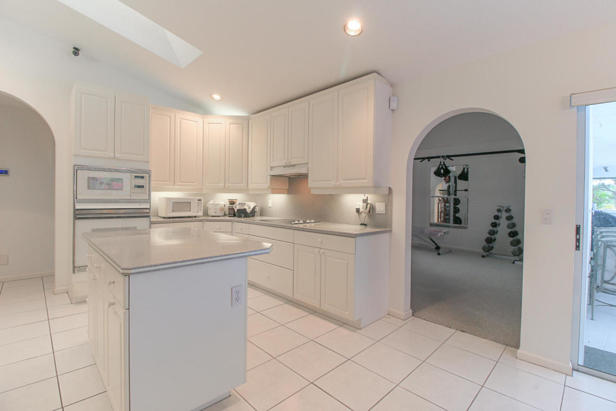 15909 75th Avenue N Real Estate Property Photo #8