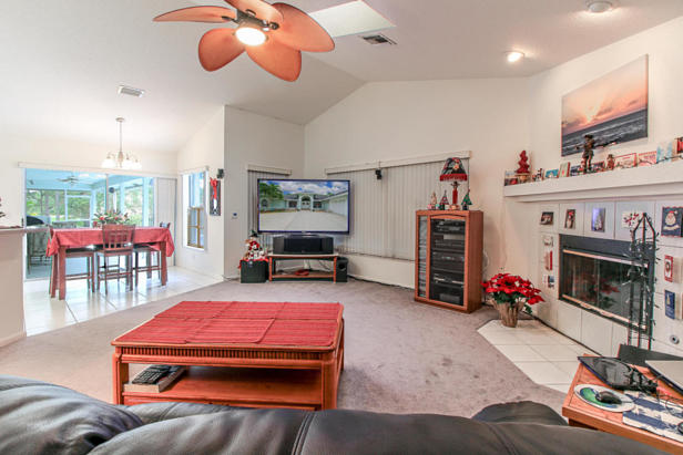 15909 75th Avenue N Real Estate Property Photo #31