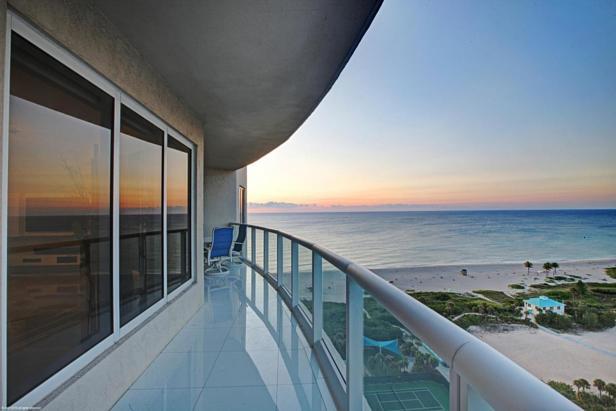 2700 N Ocean Drive #1905b Real Estate Property Photo #5
