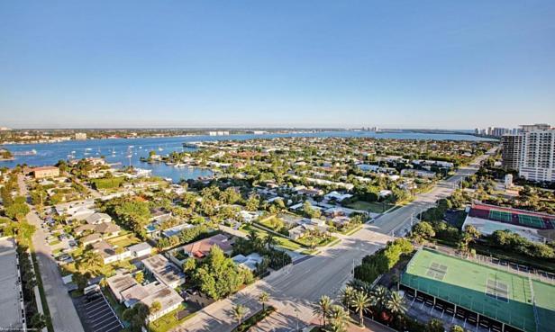 2700 N Ocean Drive #1905b Real Estate Property Photo #12