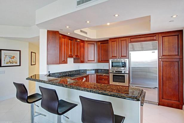 2700 N Ocean Drive #1906b Real Estate Property Photo #7
