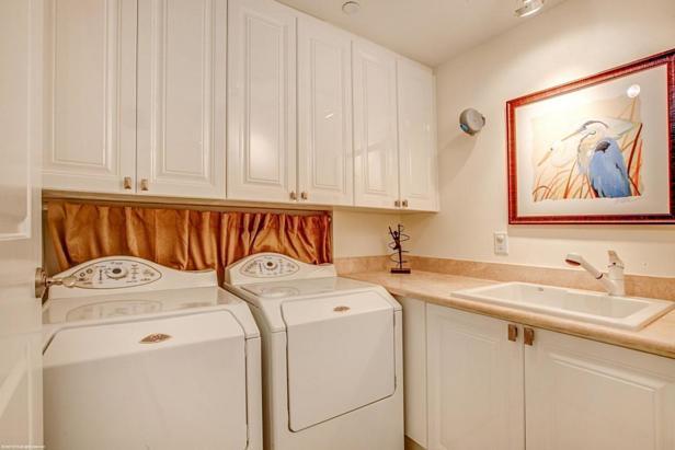 2700 N Ocean Drive #1905b Real Estate Property Photo #11
