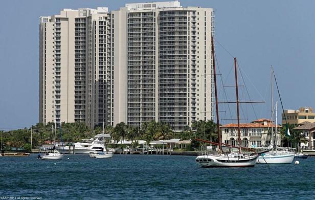 2700 N Ocean Drive #1905b Real Estate Property Photo #39