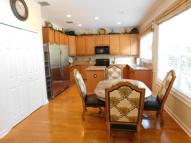 214 Lone Pine Drive  Real Estate Property Photo #11