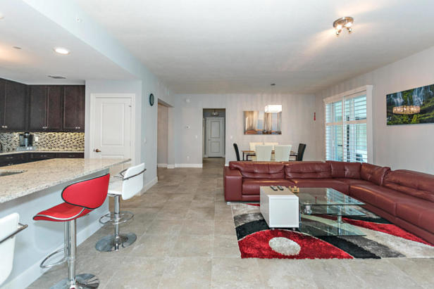 913 Bay Colony Drive S #913 Real Estate Property Photo #7