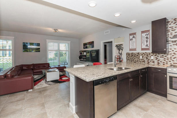913 Bay Colony Drive S #913 Real Estate Property Photo #11
