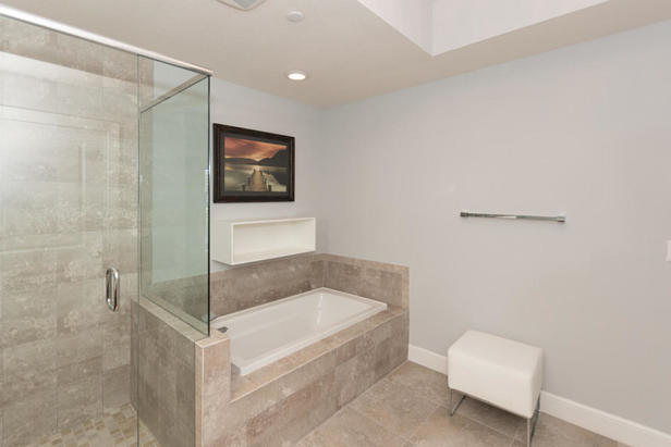 913 Bay Colony Drive S #913 Real Estate Property Photo #16