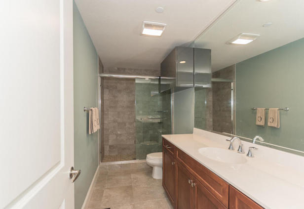 913 Bay Colony Drive S #913 Real Estate Property Photo #22