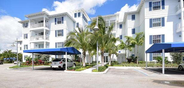 913 Bay Colony Drive S #913 Real Estate Property Photo #26