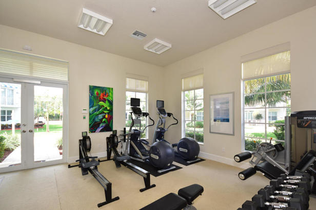 913 Bay Colony Drive S #913 Real Estate Property Photo #32