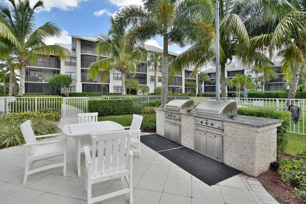 913 Bay Colony Drive S #913 Real Estate Property Photo #39