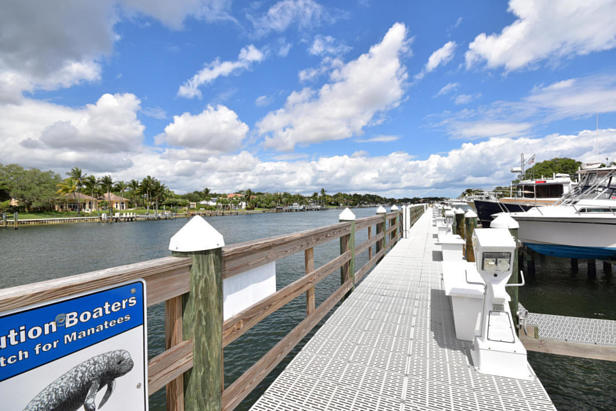 913 Bay Colony Drive S #913 Real Estate Property Photo #47