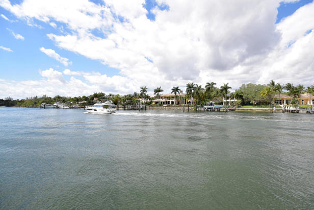 913 Bay Colony Drive S #913 Real Estate Property Photo #50
