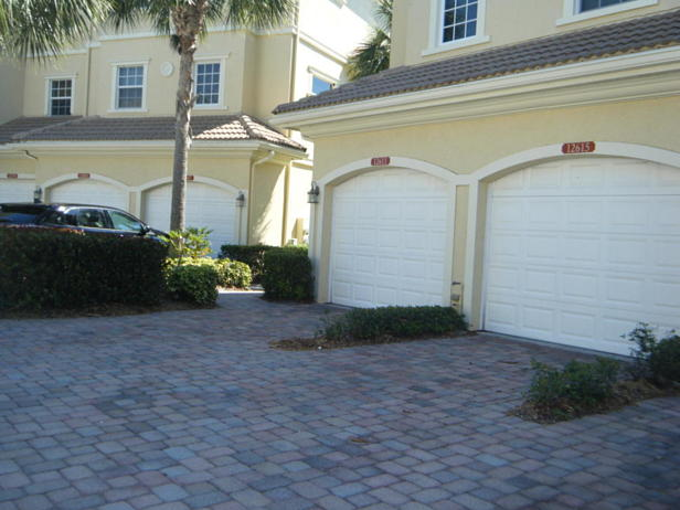 12611 Se Old Cypress Drive #4-902 Real Estate Property Photo #2