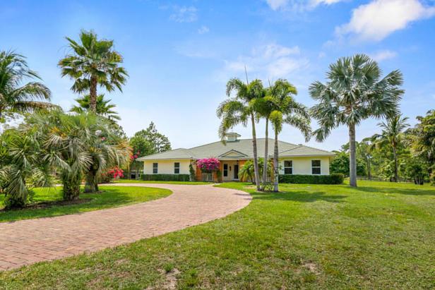 12956 Mallard Creek Drive  Real Estate Property Photo #2