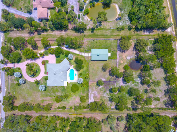 12956 Mallard Creek Drive  Real Estate Property Photo #4
