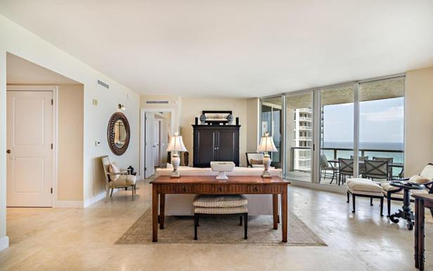 2700 N Ocean Drive #1204b Real Estate Property Photo #3