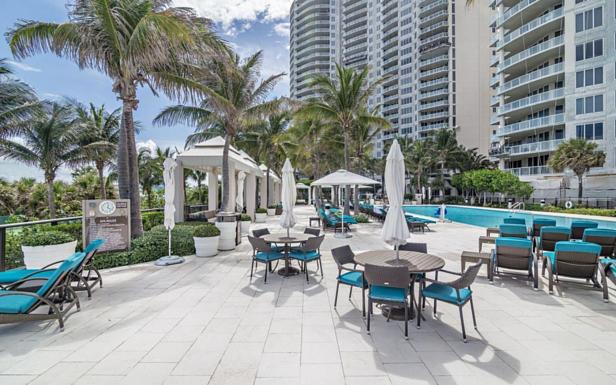 2700 N Ocean Drive #1204b Real Estate Property Photo #28