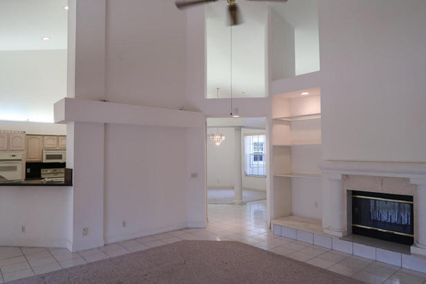 8852 154th Court N Real Estate Property Photo #7