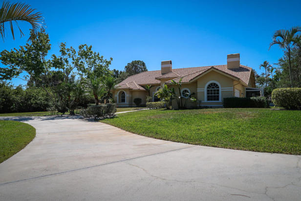 8852 154th Court N Real Estate Property Photo #35