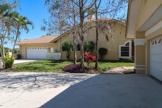 8852 154th Court N Real Estate Property Photo #37