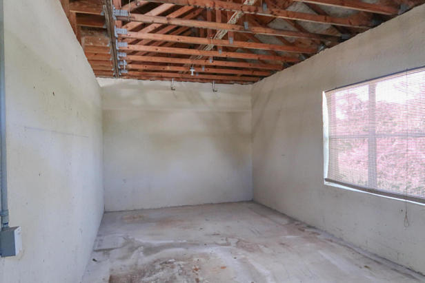 8852 154th Court N Real Estate Property Photo #39