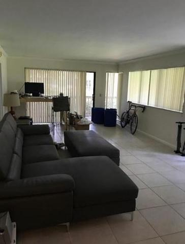 533 Brackenwood Place  Real Estate Property Photo #3