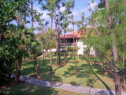 533 Brackenwood Place  Real Estate Property Photo #17