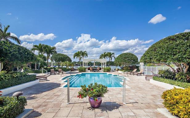 425 Beach Road #6-o Real Estate Property Photo #27