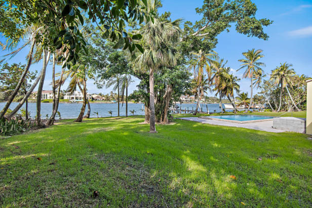 482 S Beach  Real Estate Property Photo #15