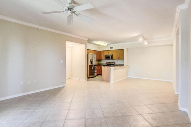 6434 Emerald Dunes Drive #304 Real Estate Property Photo #3