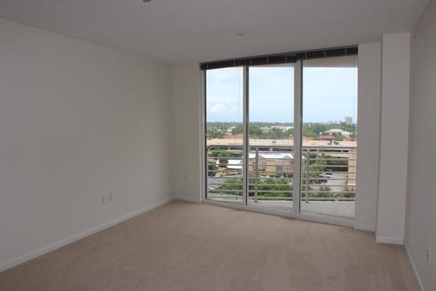 1551 N Flagler Drive #806 Real Estate Property Photo #5