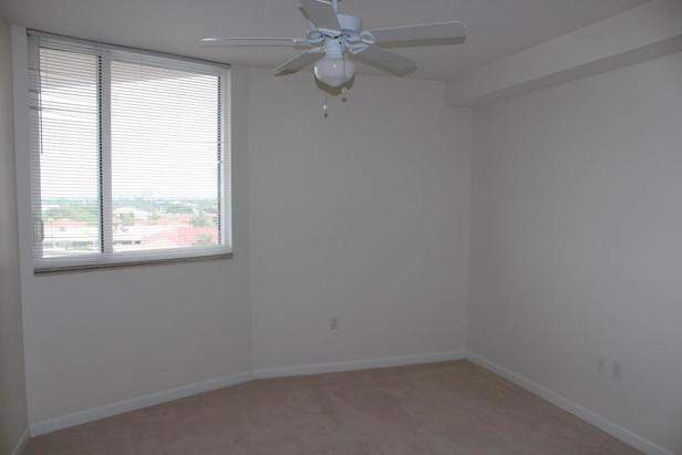 1551 N Flagler Drive #806 Real Estate Property Photo #8